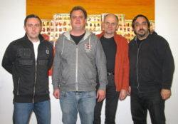 Der im Amt bestätigte Vorstand von Fürth Wiki e. V. (v.l.n.r.: Günter Scheuerer, Mark Muzenhardt, Ralph Stenzel und Kamran Salimi. Foto: Manuela Helfrich)