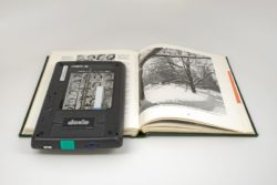 Klein und fein:  Mobiler Scanner Doxie Flip (Foto: Apparent Corporation)