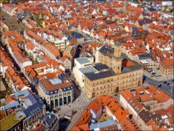FürthWiki goes Altstadt: Auf der Suche nach einem guten Landeplatz (Foto: Kamran Salimi)